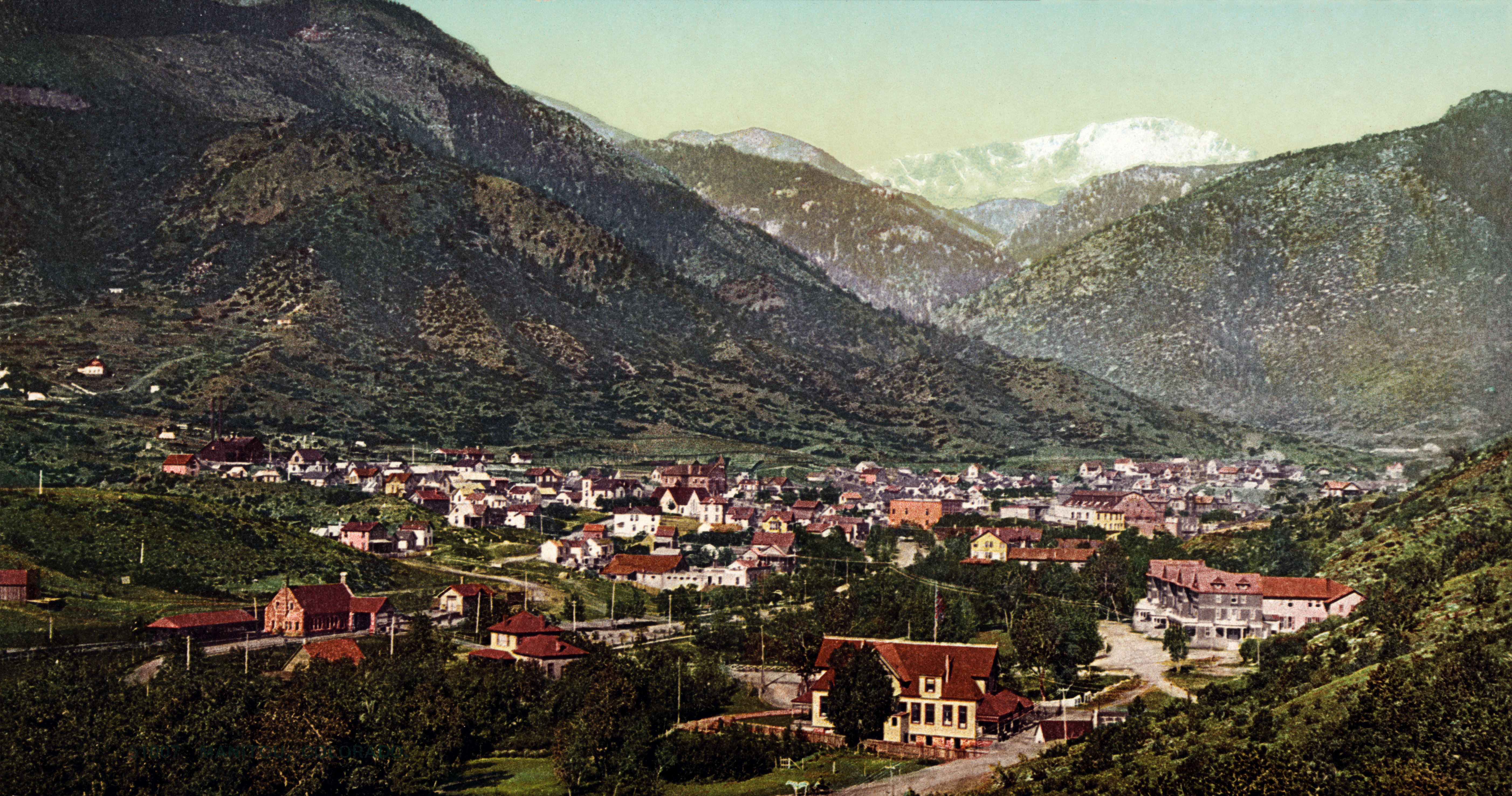 Manitou Springs, CO, in 1902. From the Public Domain. Photo source: Wikipedia