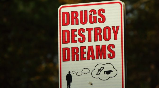 drugs-destroy-dreams